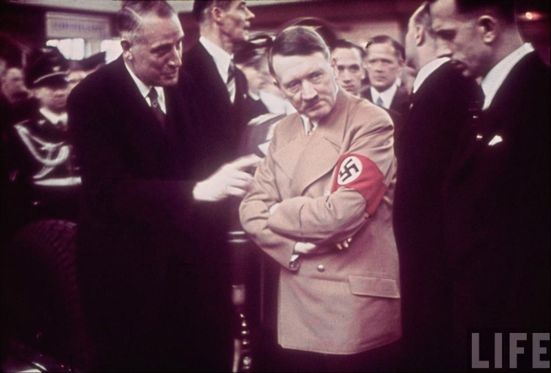 Adolf Hitler tours the International Auto Exhibit in Berlin-04