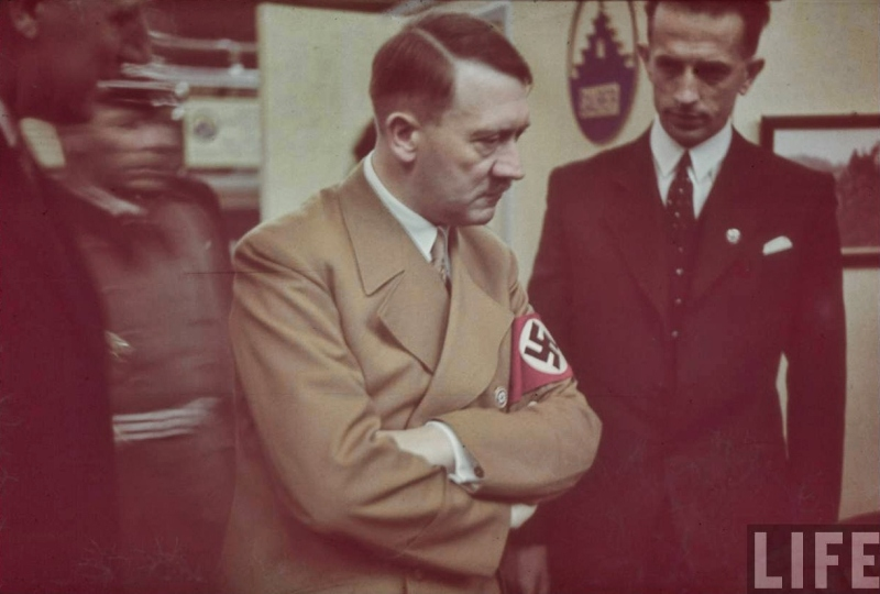 Adolf Hitler tours the International Auto Exhibit in Berlin-06